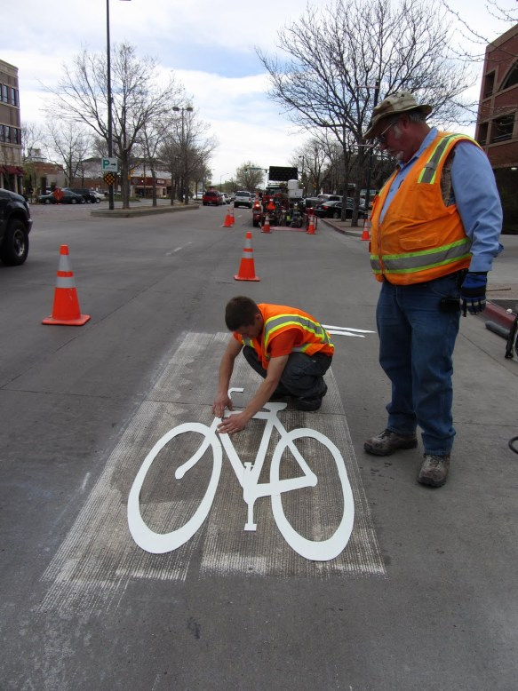 Mountain Avenue Sharrows (Shared Lane Arrows) Installed in Old Town Fort Collins